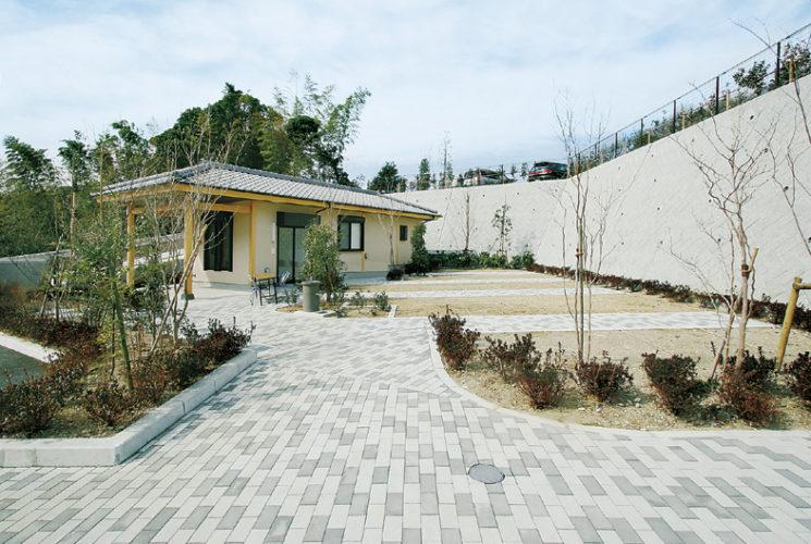 鶴岡八幡宮墓苑 イメージ6