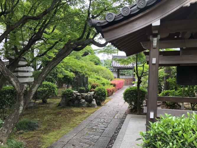 京都メモリアルパーク 樹木葬「椿」 永代供養墓 イメージ1